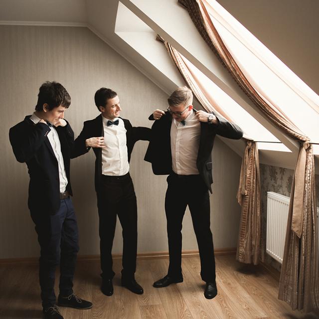 結婚式の受付を依頼されたら・・・ふさわしい服装マナーって?