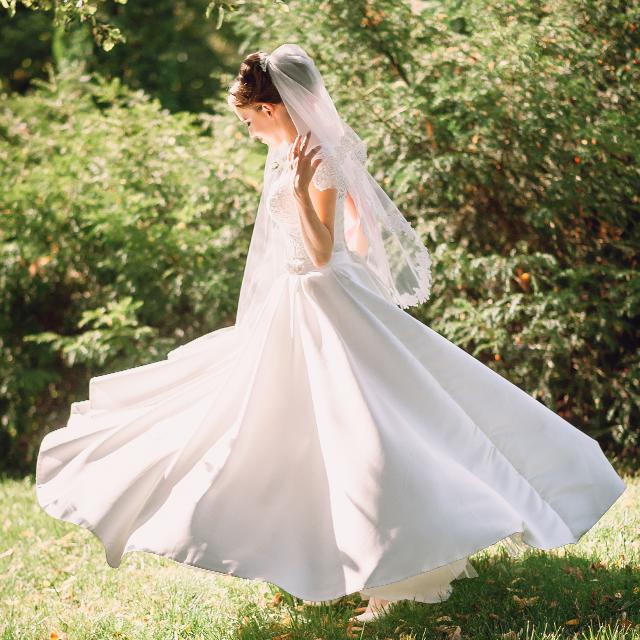 ウェディングドレスの基礎知識⑤】スカートデザイン | 結婚