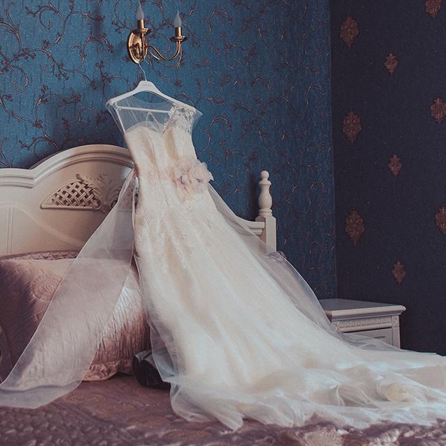 215b95b3b2411 ウェディングドレス1着のみの花嫁お色直しコーディネート術   結婚 ...