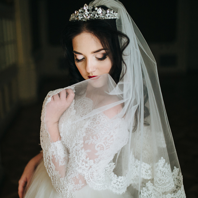 9282dff007f3b ウェディングドレスの必需品、「ベール」の選び方って? | 結婚ラジオ ...
