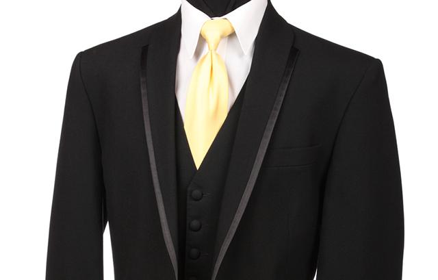 b2e5641e99da5 男性編 結婚式出席、正しい服装と今どきOKの服装とは? | 結婚ラジオ ...