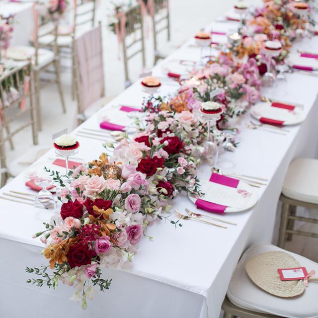 そもそも装花とは 結婚式の会場装花のキホンを知ろう 結婚ラジオ